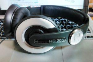 Sennheiser HD205